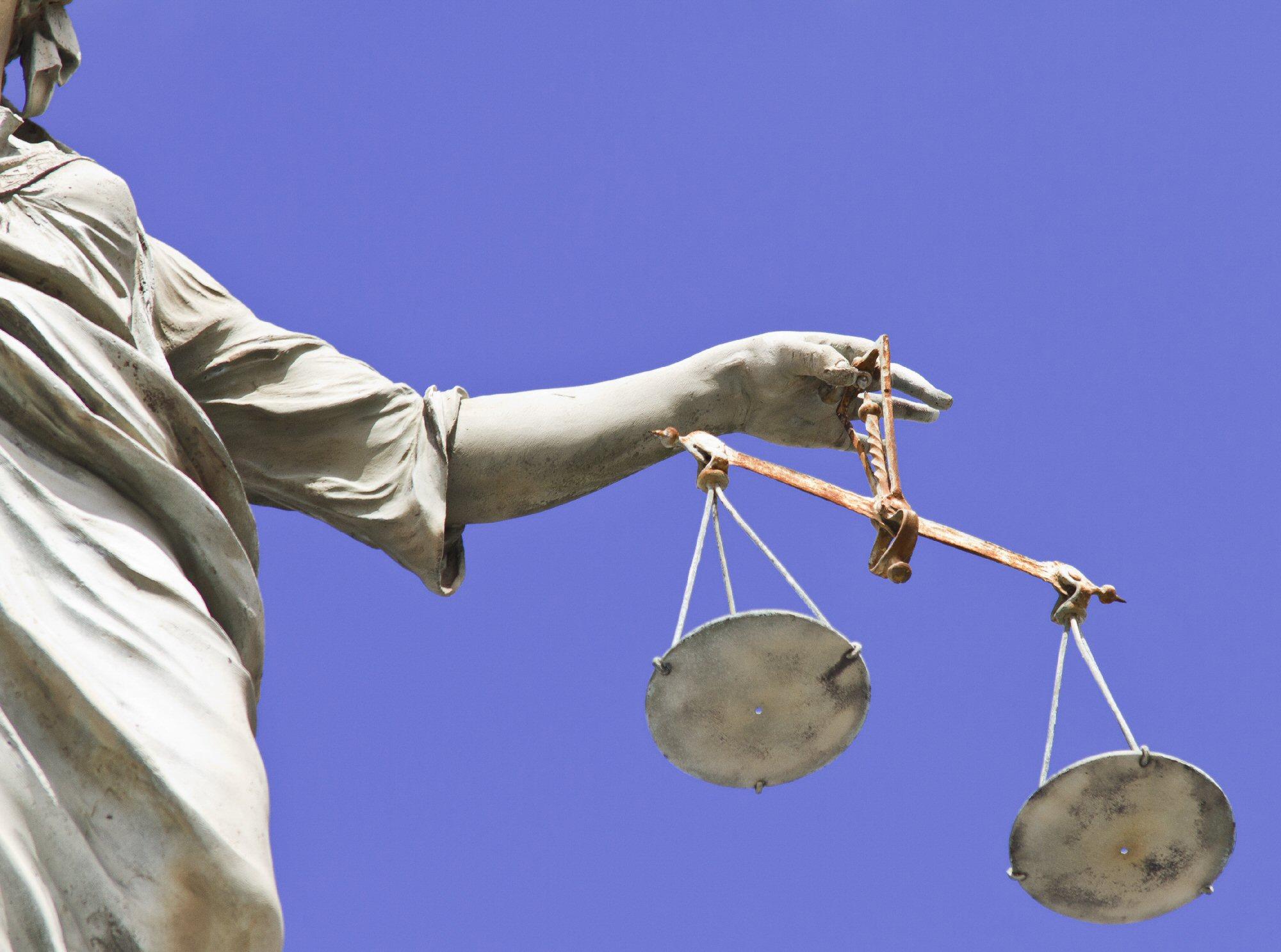 Tribunale di Lucca n.1273 del 10 giugno 2016